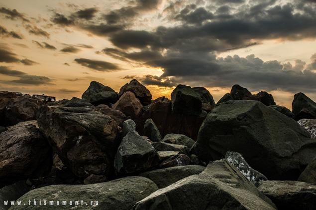 Могучие камни