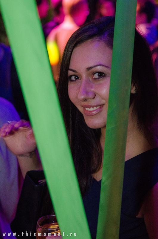 Девушка в клубе